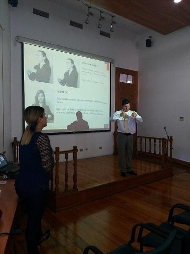 Exitoso Taller Sobre Lengua de Señas Realizan en Región de Tarapacá