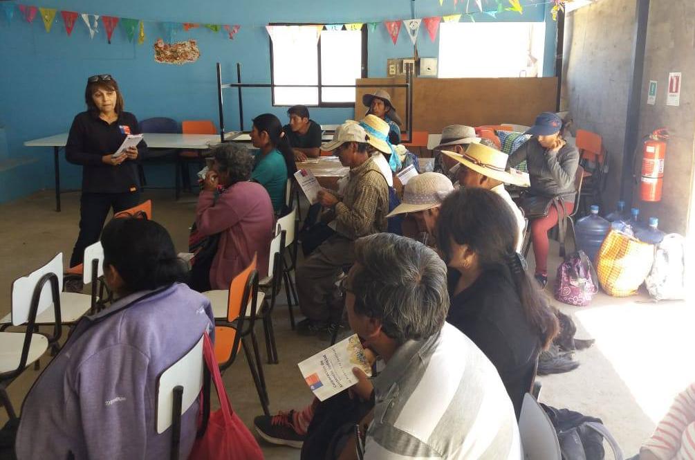 Consultorio Jurídico Móvil de Arica en la localidad de Saxamar