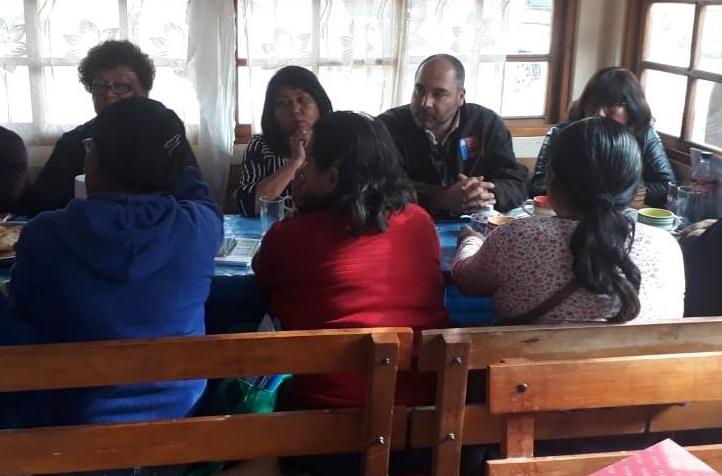 El Director Regional de Arica y Parinacota se reune en la localidad de Azapa