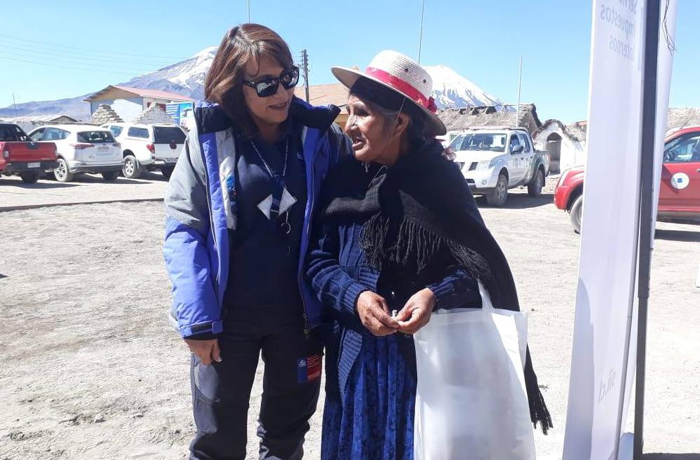 Consultorio Jurídico Móvil de Arica participa en Gobierno en Terreno en la localidad de Caquena