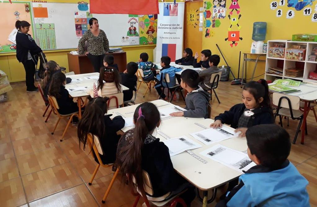 Consultorio Jurídico Móvil Maria Elena realizó jornada dirigida a los párvulos del establecimiento educacional Arturo Pérez Canto
