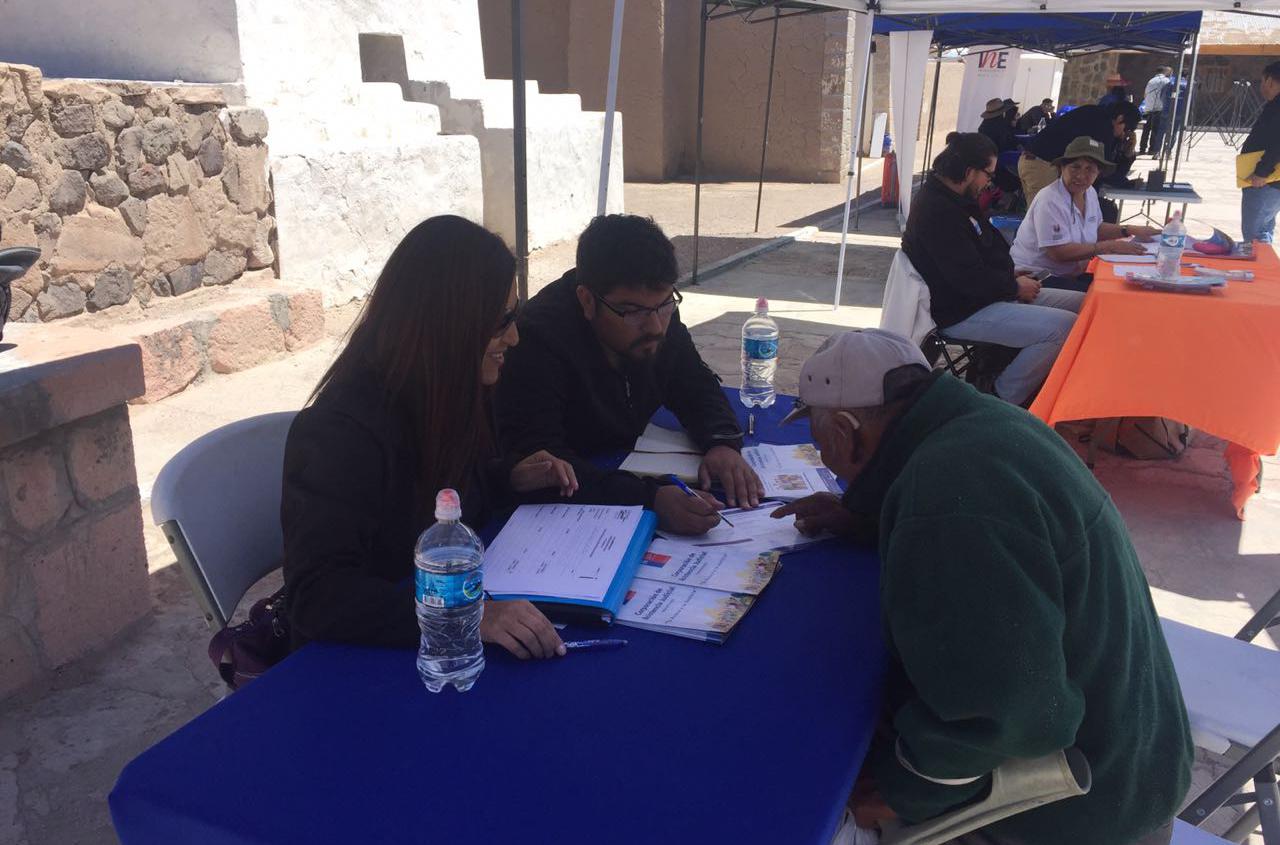 Consultorio Jurídico Móvil del Tamarugal participa en Gobierno en Terreno en Cariquima