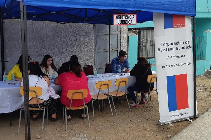 """Consultorio Jurídico Norte de Antofagasta participó en el marco de la campaña """"Conociendo los derechos de familia"""""""
