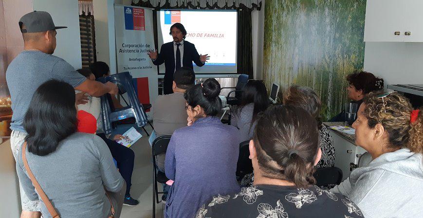 """Consultorio Jurídico Antofagasta Norte realiza charla en el marco de la campaña """"Conoce los derechos de familia"""""""