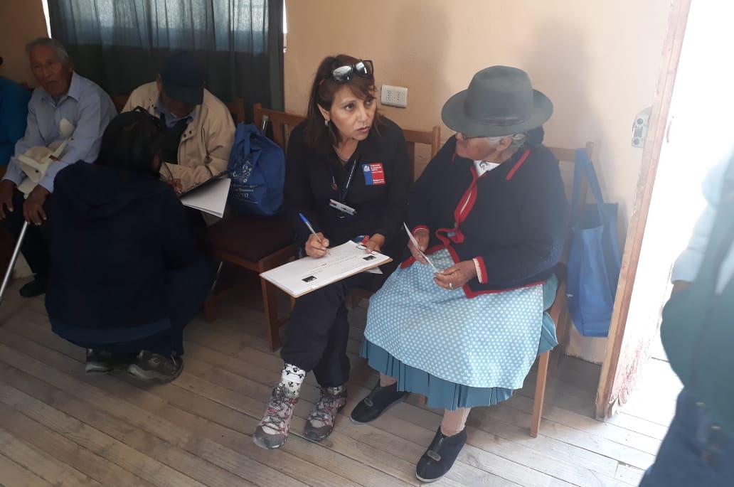 En la Comuna de Putre recibieron una esmerada atención del Consultorio Jurídico Móvil de Arica