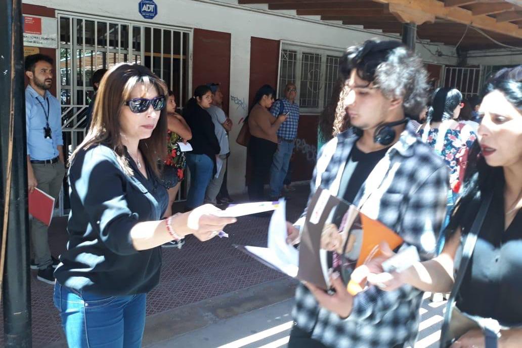 """Campaña """"Conoce los derechos de familia"""" en Calama"""