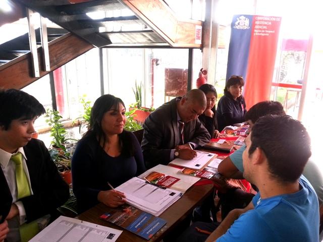 Consultorio Jurídico Móvil de Arica y Parinacota Atiende a Trabajadoras y Trabajadores de Ariztía