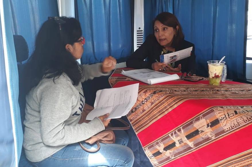 Consultorio Jurídico Móvil de Arica participa en atención en terreno en Tribunal de Familia