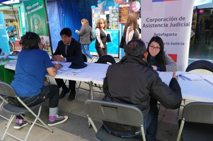 Consultorios Jurídicos de Antofagasta participan en Gobierno en Terreno