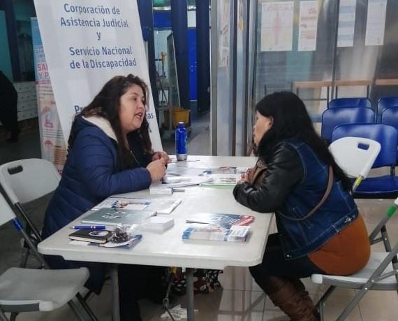 Abogada del convenio CAJTA-SENADIS de Tarapacá atiende en CESFAM Cirujano Videla