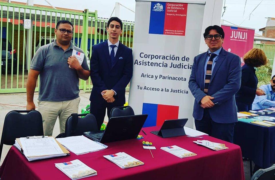 Consultorio Jurídico de Arica participa en Feria de Redes