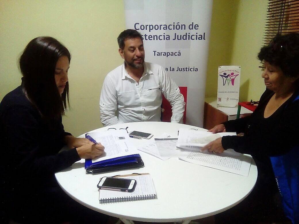 Consultorio Jurídico móvil del Tamarugal entrega atención en localidades de Pica y Camiña