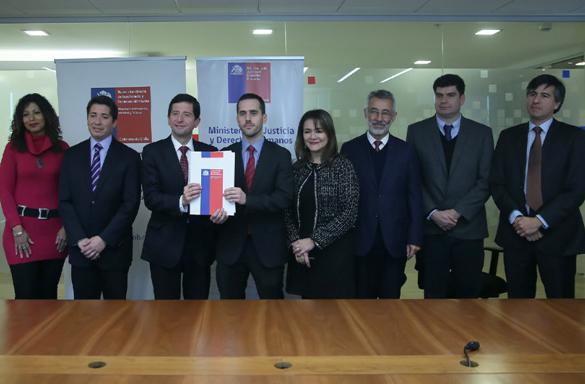 Ministerio de Justicia y Superintendencia de Insolvencia y Reemprendimiento Firman Convenio